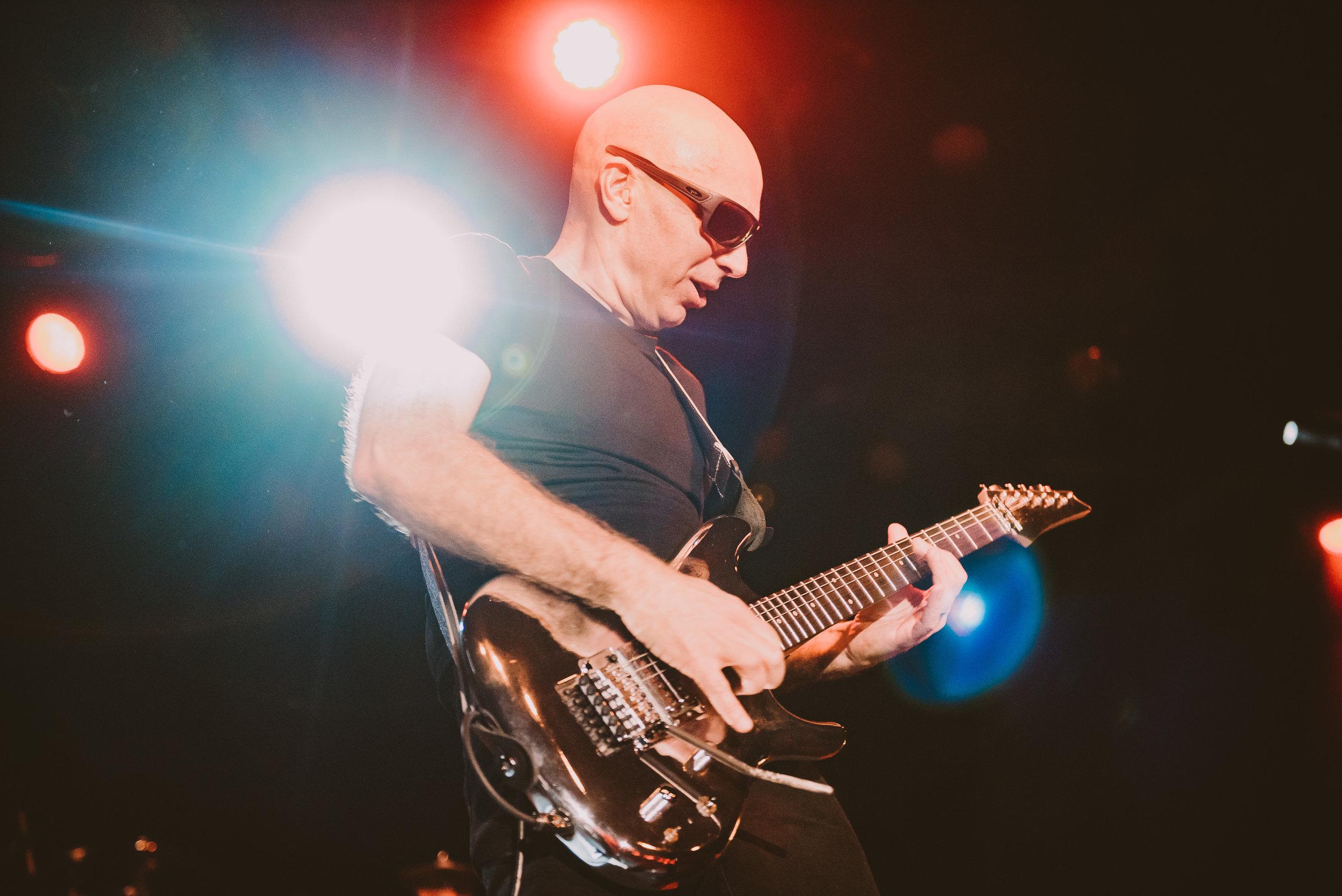 1_Joe_Satriani-Commodore_Ballroom-Timothy_Nguyen-20180602-15.jpg