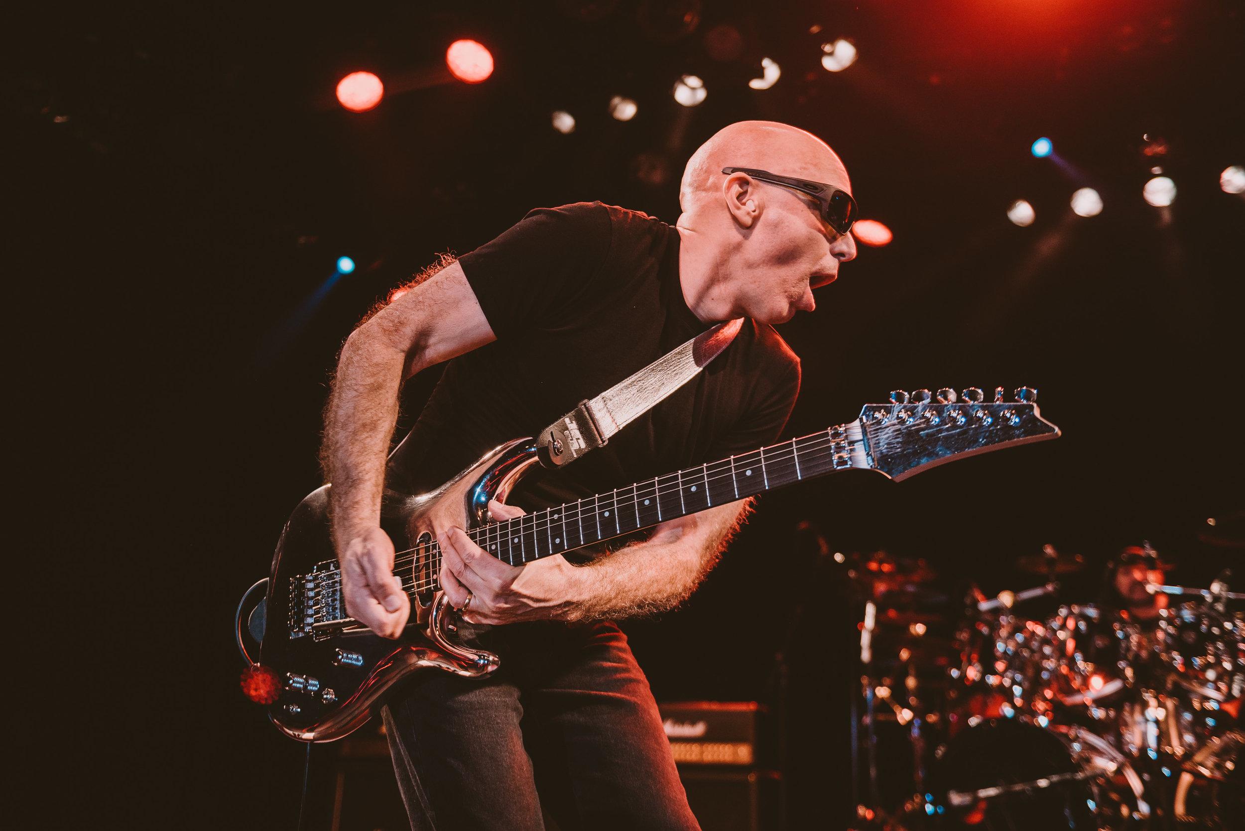 1_Joe_Satriani-Commodore_Ballroom-Timothy_Nguyen-20180602-22.jpg