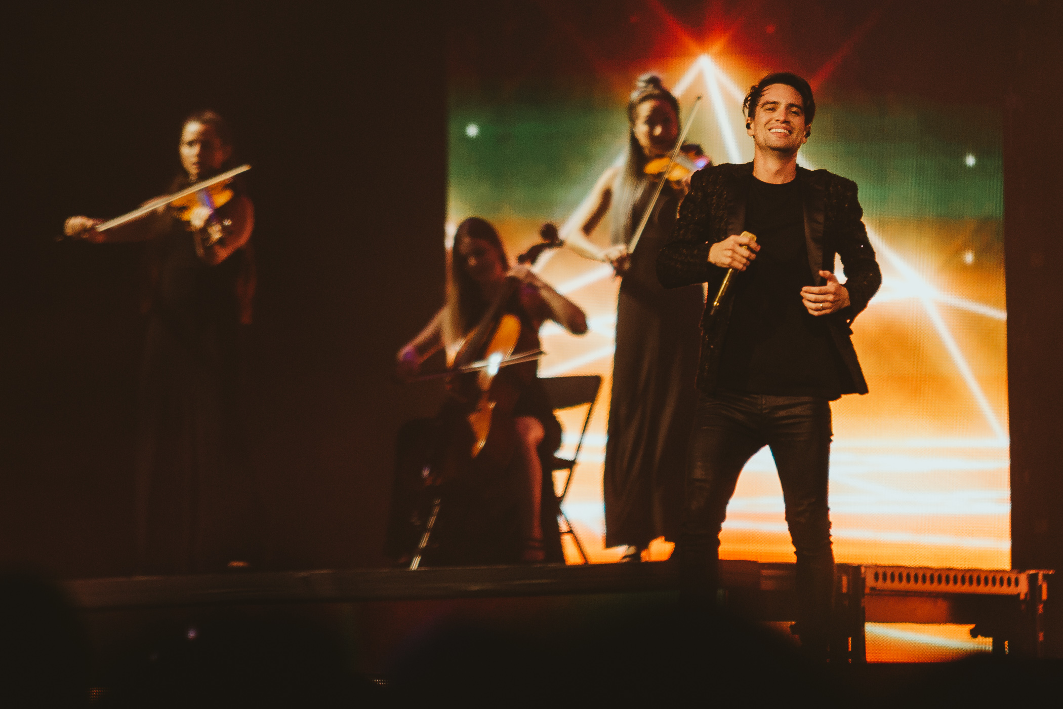 1_Panic!_At_The_Disco-Rogers_Arena-Timothy_Nguyen-20180811-8.jpg