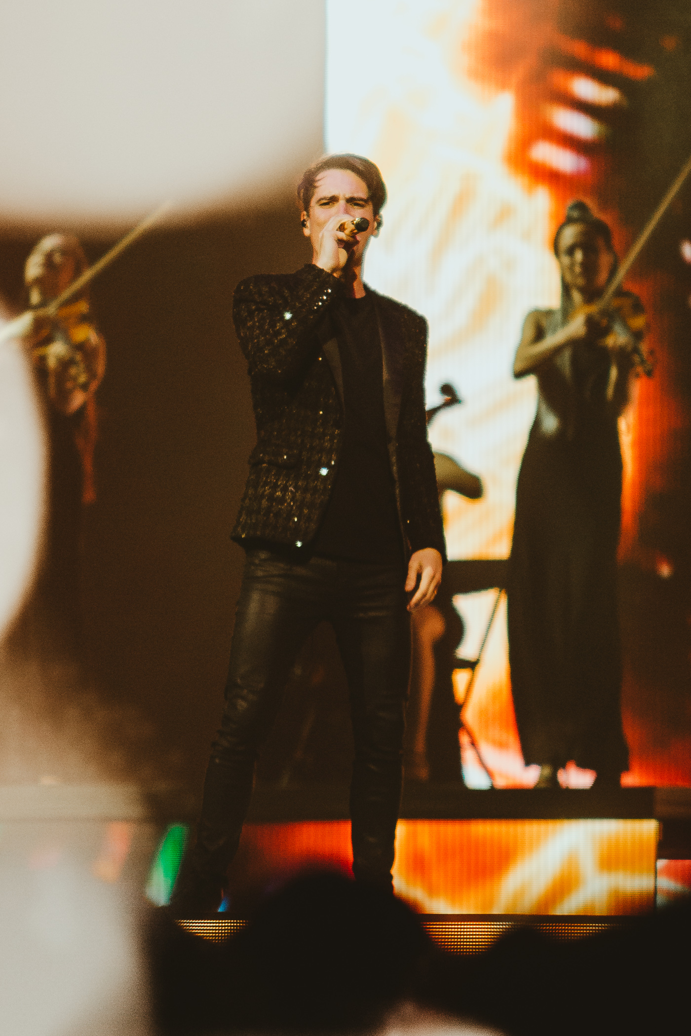 1_Panic!_At_The_Disco-Rogers_Arena-Timothy_Nguyen-20180811-9.jpg