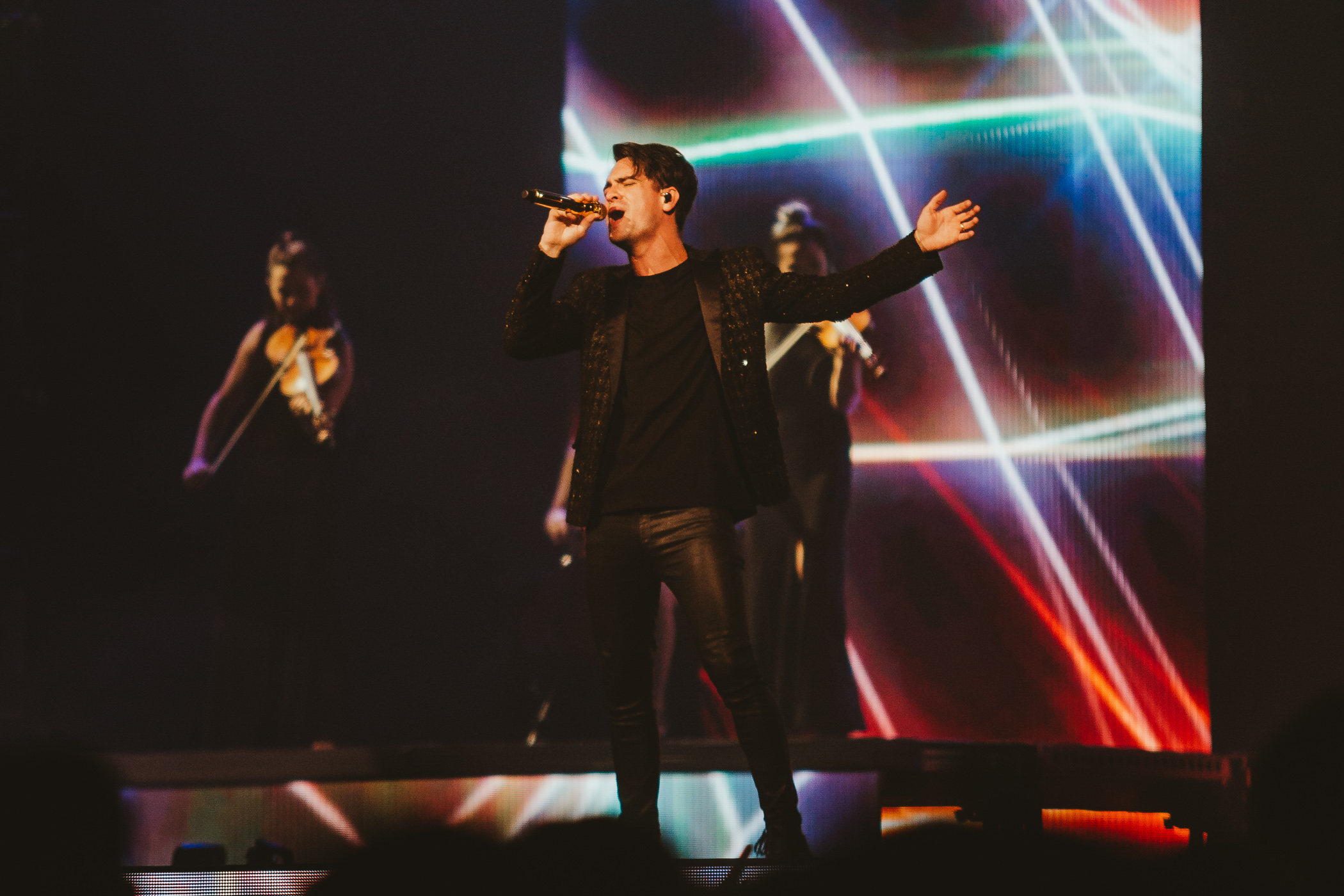 1_Panic!_At_The_Disco-Rogers_Arena-Timothy_Nguyen-20180811-11.jpg