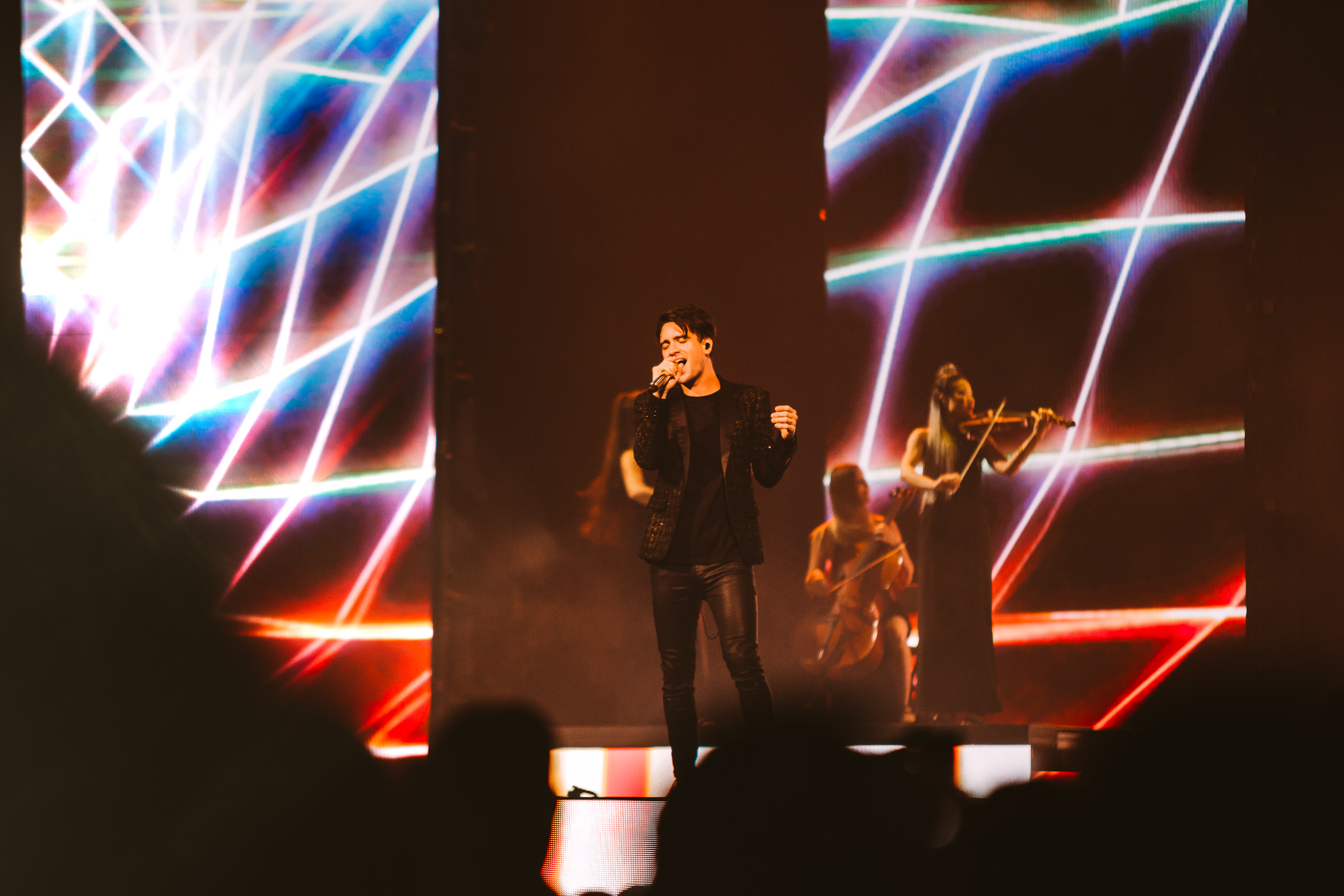 1_Panic!_At_The_Disco-Rogers_Arena-Timothy_Nguyen-20180811-18.jpg