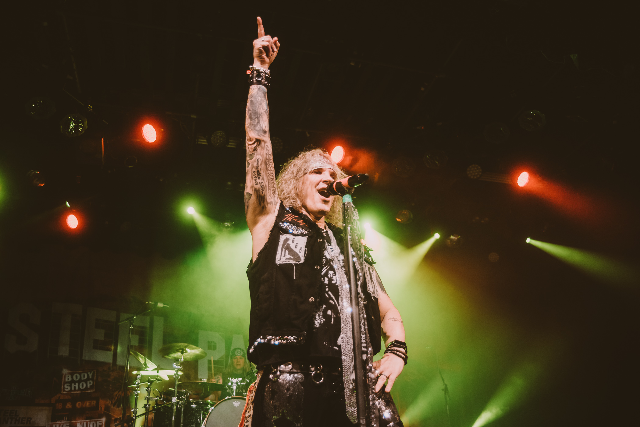 1_Steel_Panther-Commodore-Ballroom-Timothy_Nguyen-20190411 (17 of 21).JPG