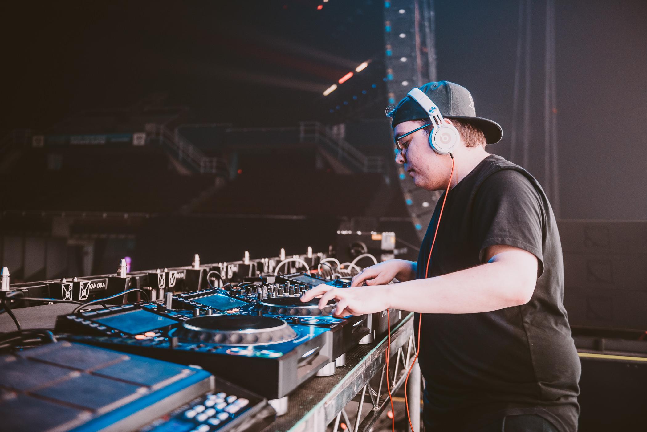 Stacked_Festival-Timothy_Nguyen-20190420 (34 of 172).JPG