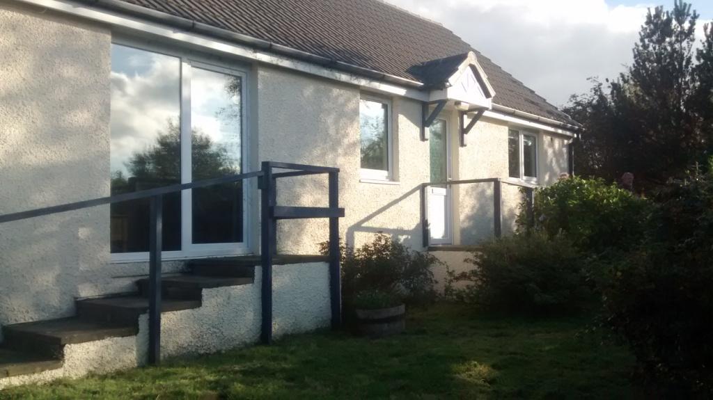 Cottage front with garden.jpg