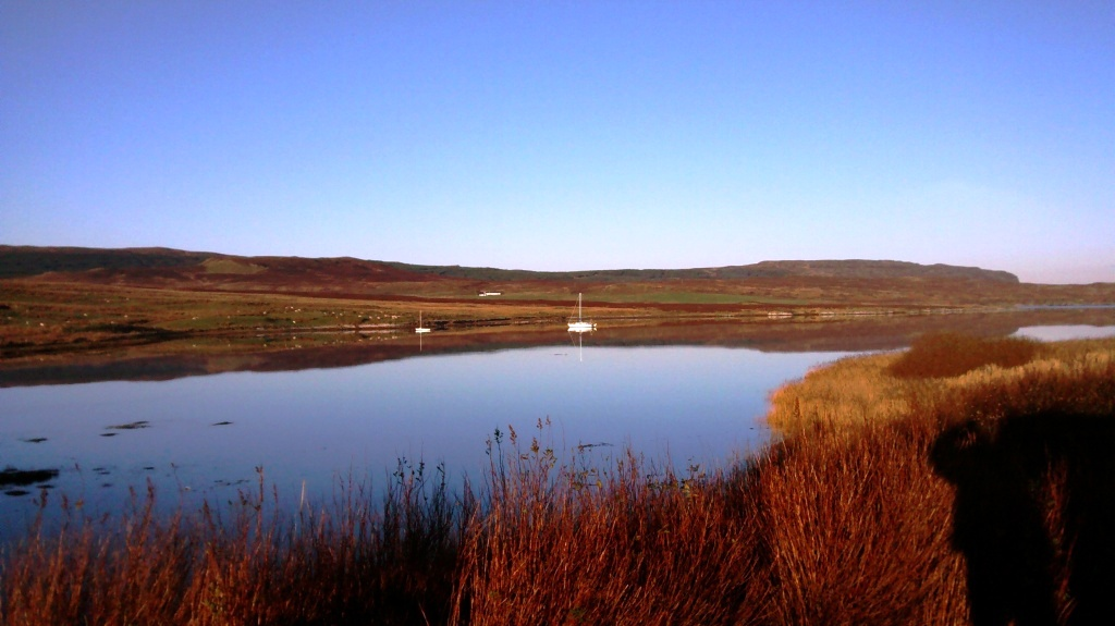 Loch Snizhort (Edinbane) 1.jpg
