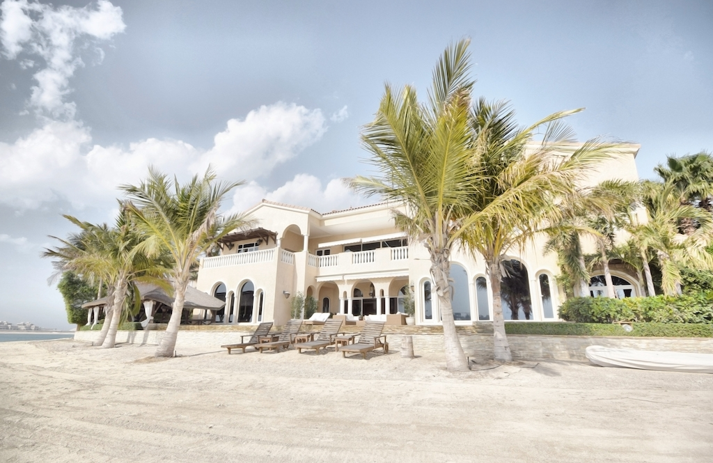 K FROND TIP 3 - PALM JUMEIRAHAED 47,000,000 (2017)AED 27,770,000 (2007)