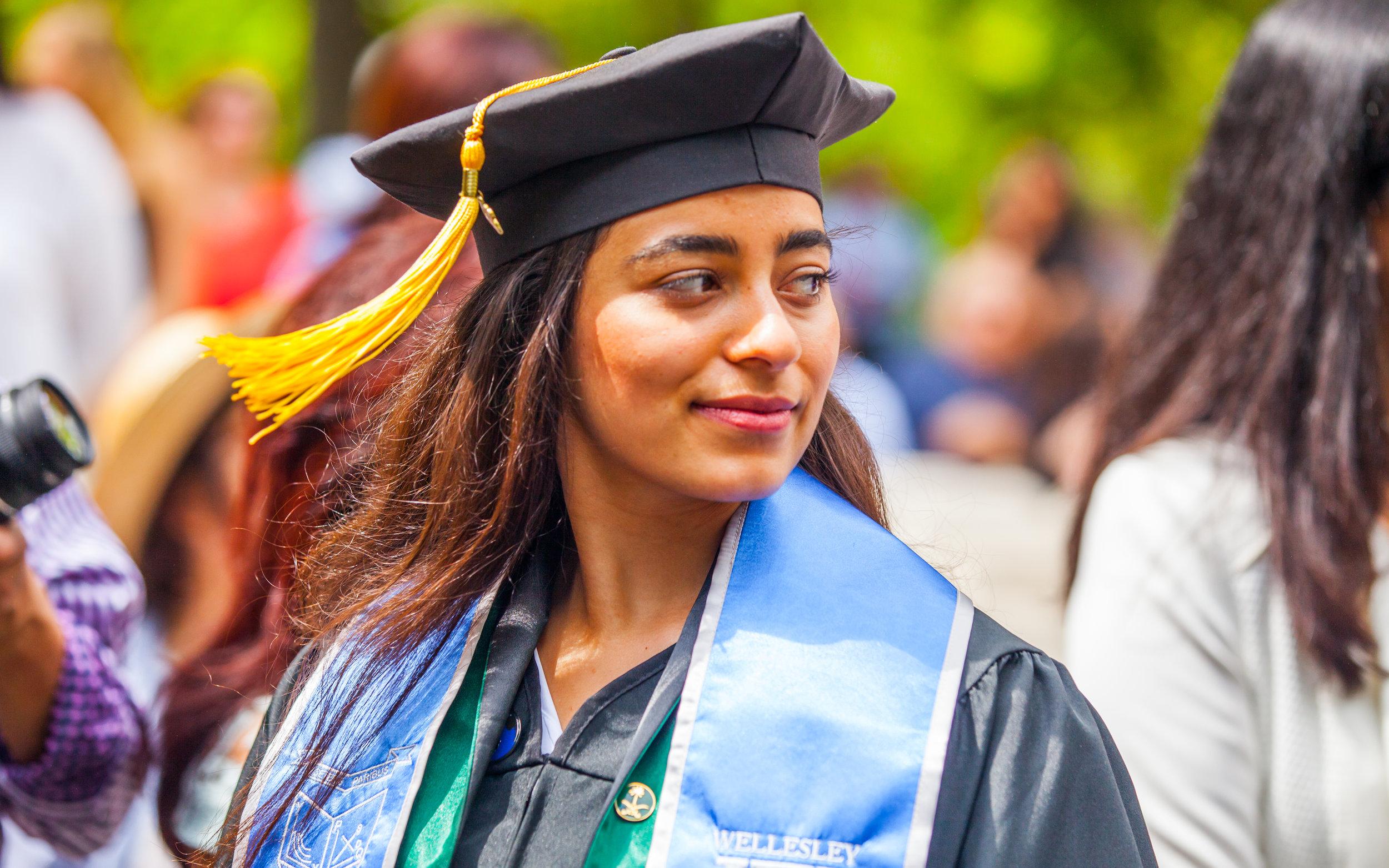 Noora_Graduation-275.jpg
