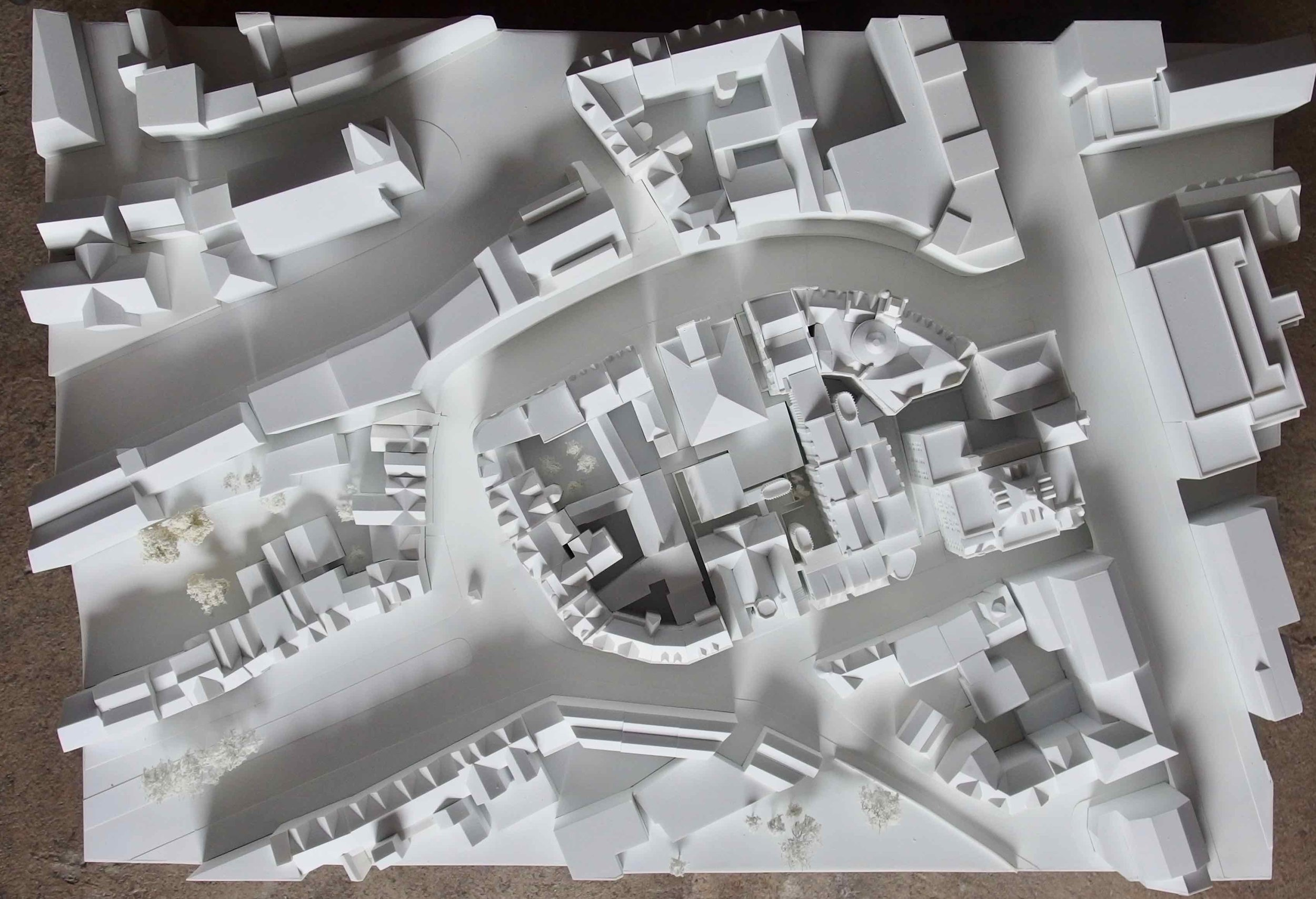 Above: Google Maps screenshot of Edinburgh Victoria Street and Cowgate. Below: Finch & Fouracre model of the area, for a hotel development in the centre of the model. For ICA Architects, 2016.