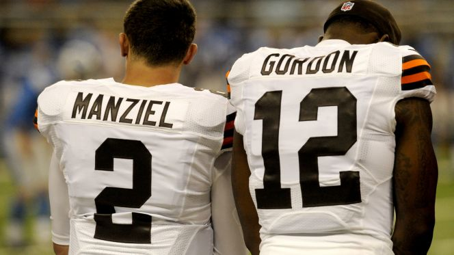 We spend most of episode 13 talking about Josh Gordon and Johnny Manziel's budding friendship. We also discuss the upcoming NFL draft, and we throw a little Cavs playoff talk and even a tiny bit ofIndians talk in there too... Enjoy!