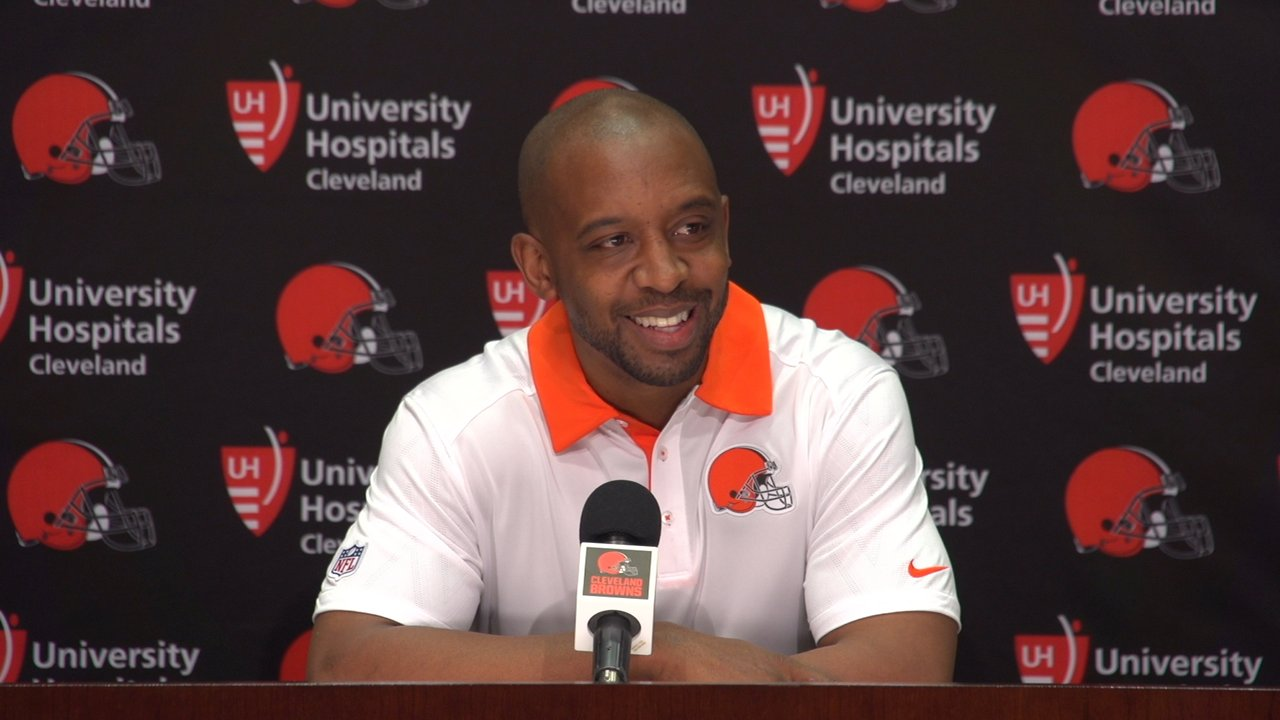 We're back, from yet ANOTHER week off. We just can't seem to get together EVERY FUCKING WEEK to talk about the SHIT SHOW known as the Cleveland Browns. Luckily for us, and everyone else, the season is over and we give our thoughts on what the FUCK just happened! We sprinkle in a little Cavaliers talk with a dash of Indians too. All that and more on the longest episode we've ever done of DAMNit Cleveland, enjoy!