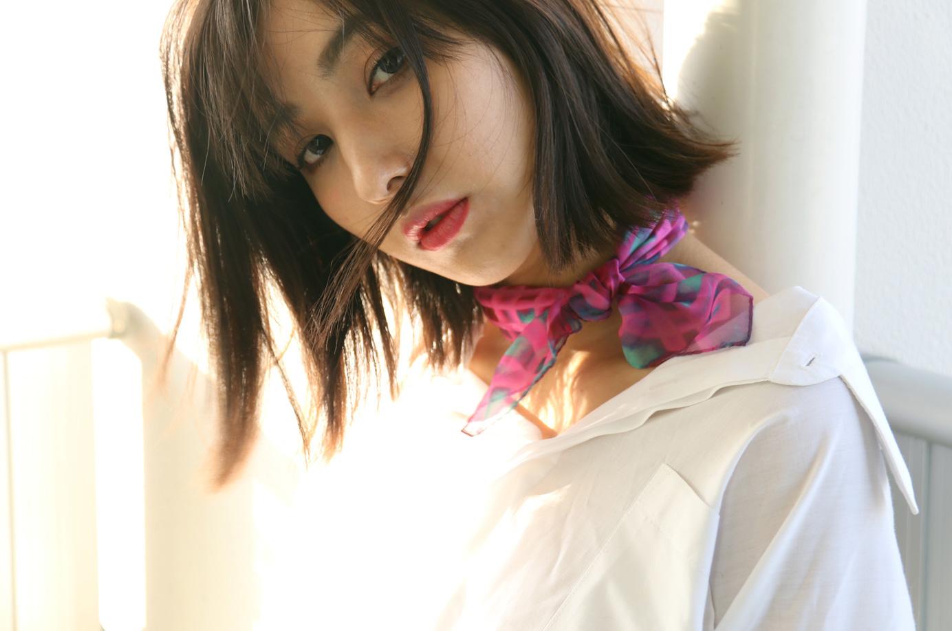buy pink fashion silk scarf online in taipei tokyo paris. スカーフコーデ by bambi watanabe 渡辺万美; selfridges isetan barneys new york