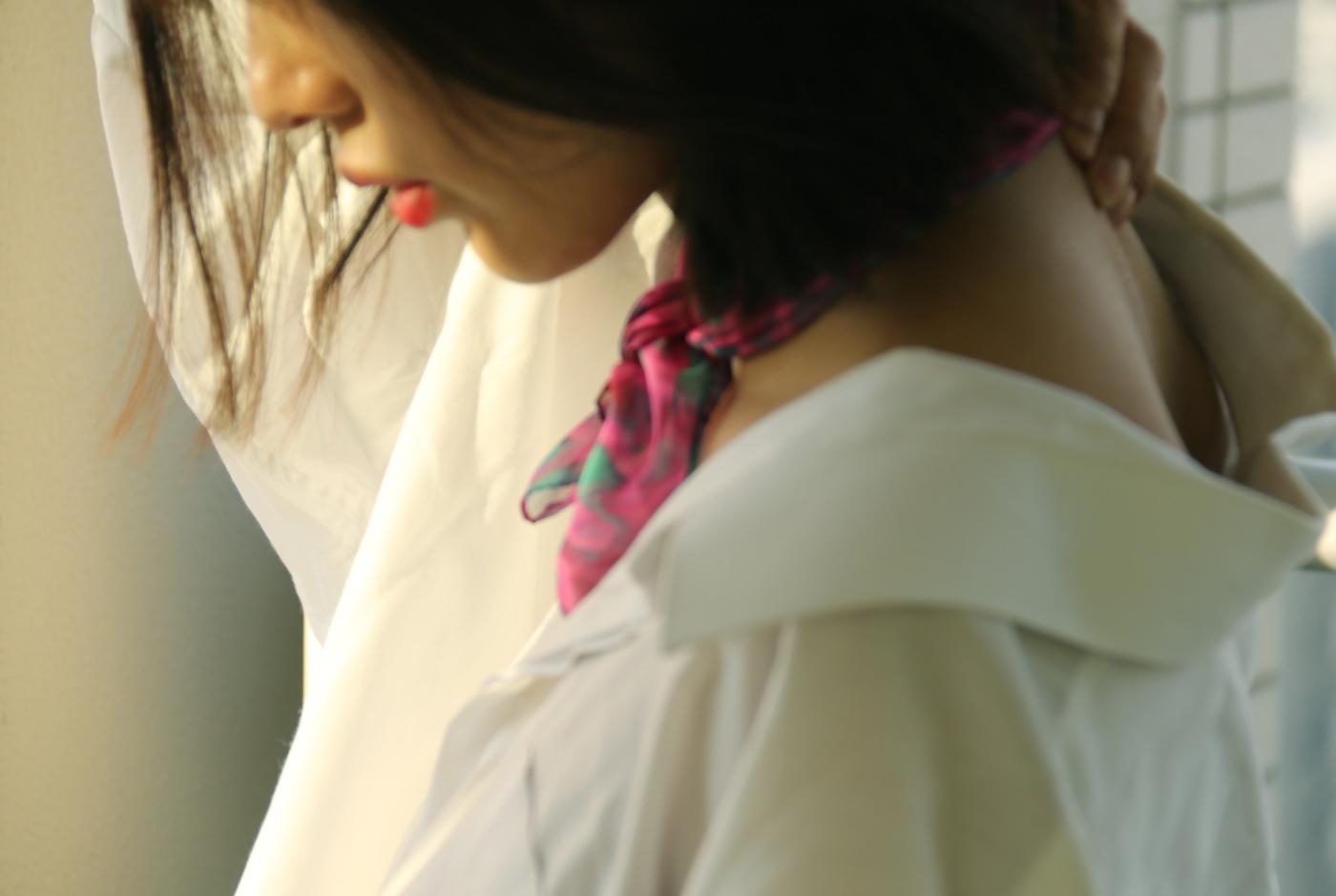 buy pink fashion silk scarf online in paris taipei tokyo スカーフコーデ by bambi watanabe 渡辺万美; isetan selfridges barneys new york
