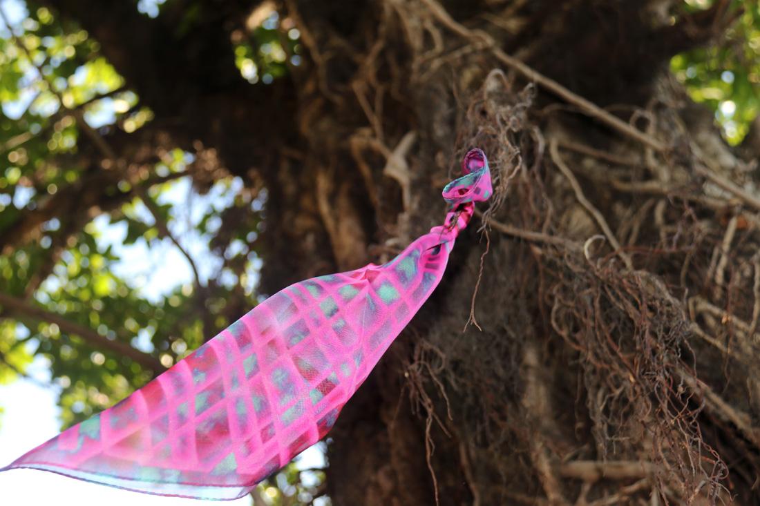 buy fluo pink fashion silk scarf online in taipei tokyo paris. スカーフ style for isetan selfridges barneys new york
