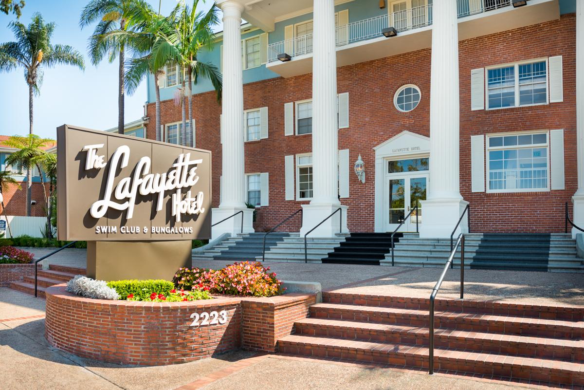 LAFAYETTE HOTEL ENTRANCE