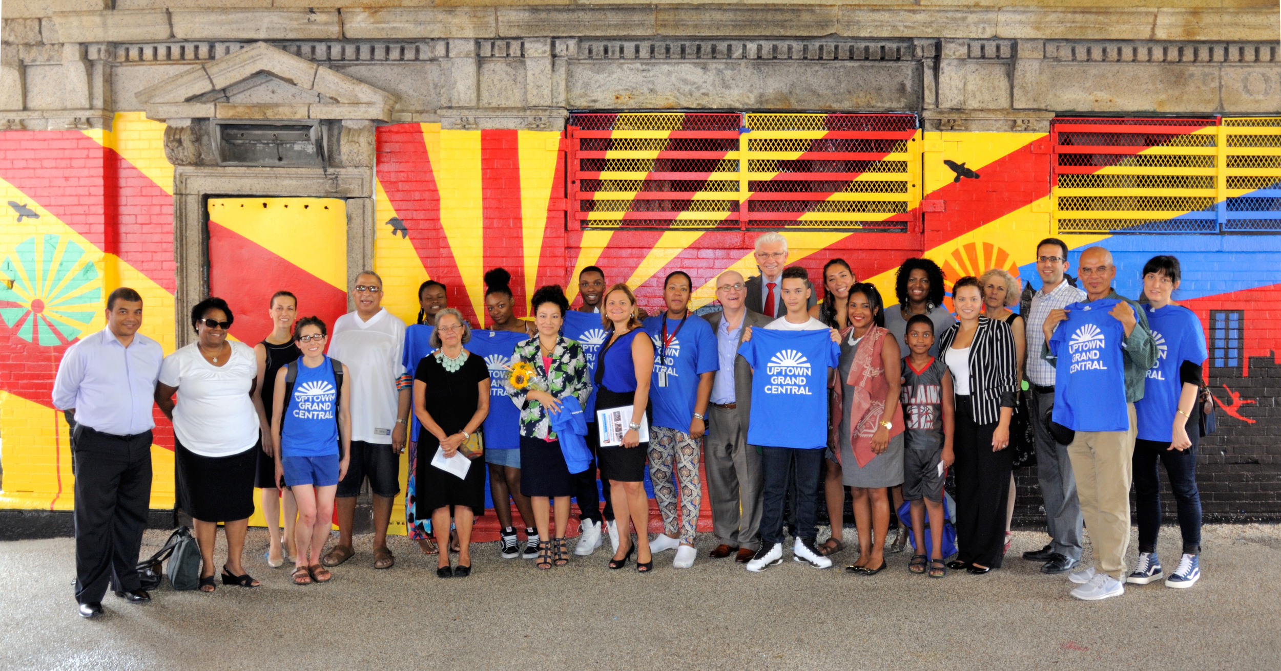 mural unveiling with mmv.jpg