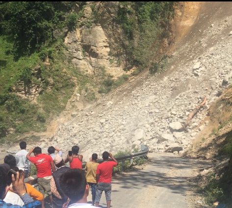 A rockslide blocking the road going from Surkhet to Manma.