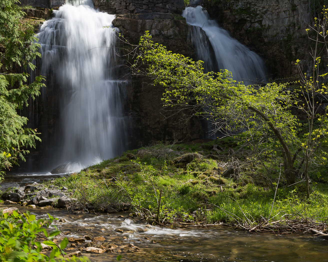 Double cascading waterfall at Walters Falls