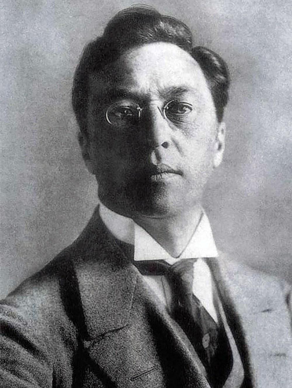 Portrait-Wassily-Kandinsky.jpg