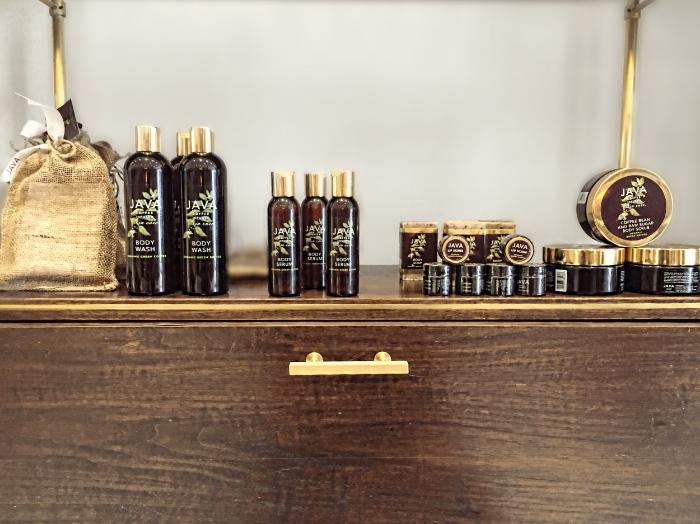 Discovery Kit, Body Wash, Body Serum, Lip Scrub, Bar Soap, Body Scrub