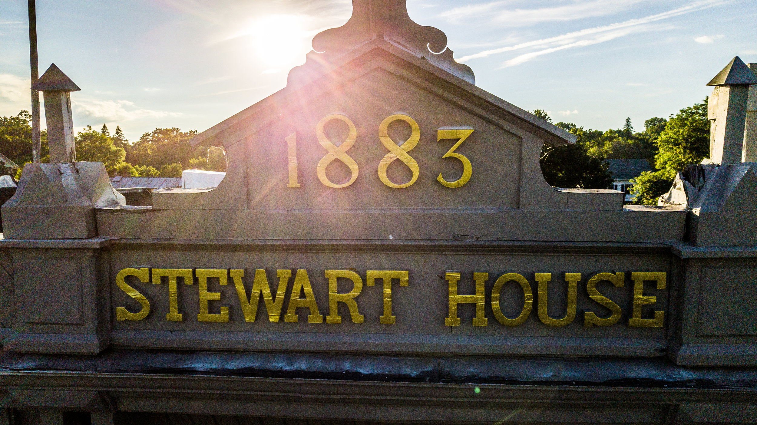 Table Hopping: Renovated Stewart House Reopening - By Steve Barnes!