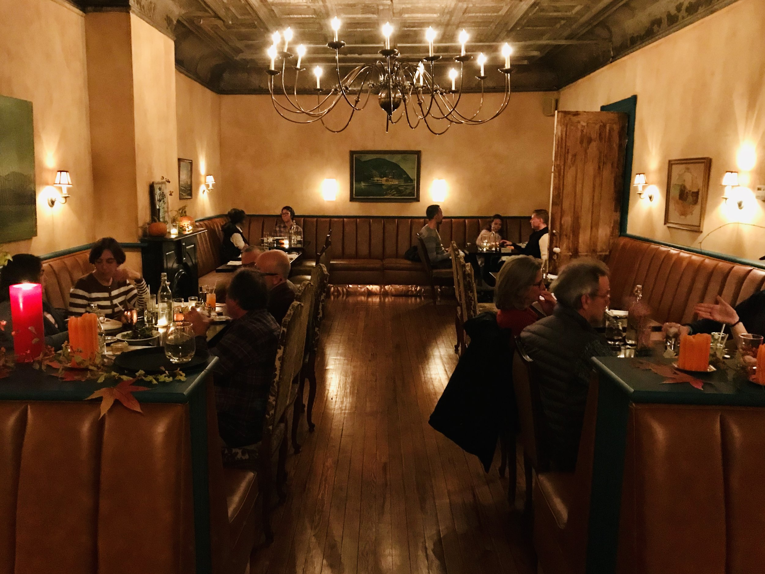 HudsonValley360: Historic Athens Inn - By Daniel Zuckerman