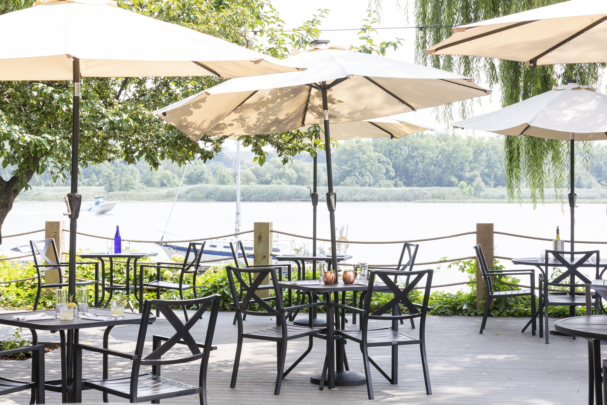 18 Riverside Restaurants in the Hudson Valley - By MARY FORSELL AND HILARY SPARLING