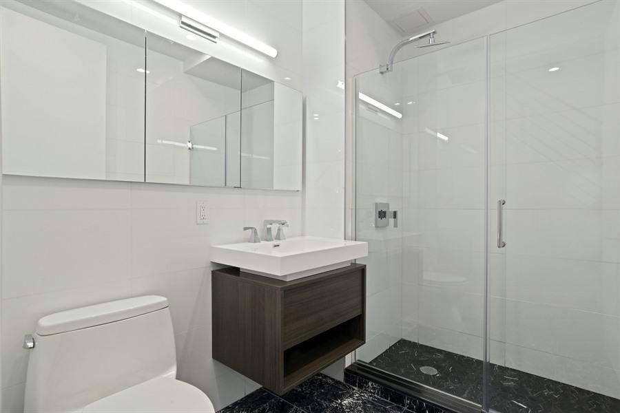 4_491MyrtleAve_4A_8_Bathroom_LowRes.jpg