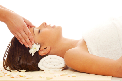 A REIKI TREATMENT OFFERS GENTLE HEALING ENERGIES FROM OUR DIVINE SOURCE