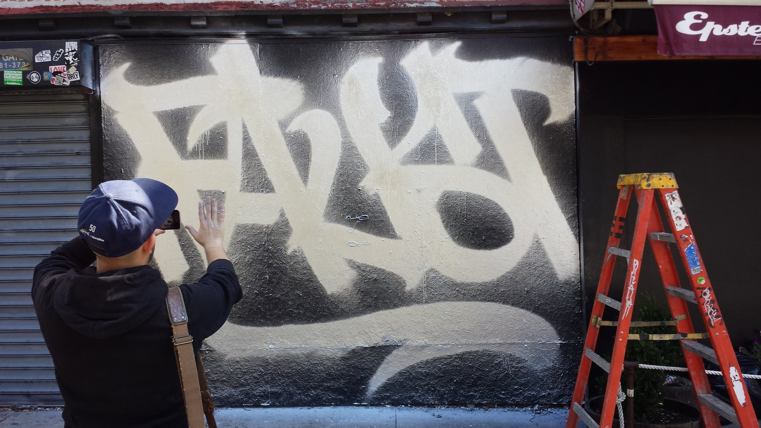 Faust using the new wide spray can L.E.S. September '14