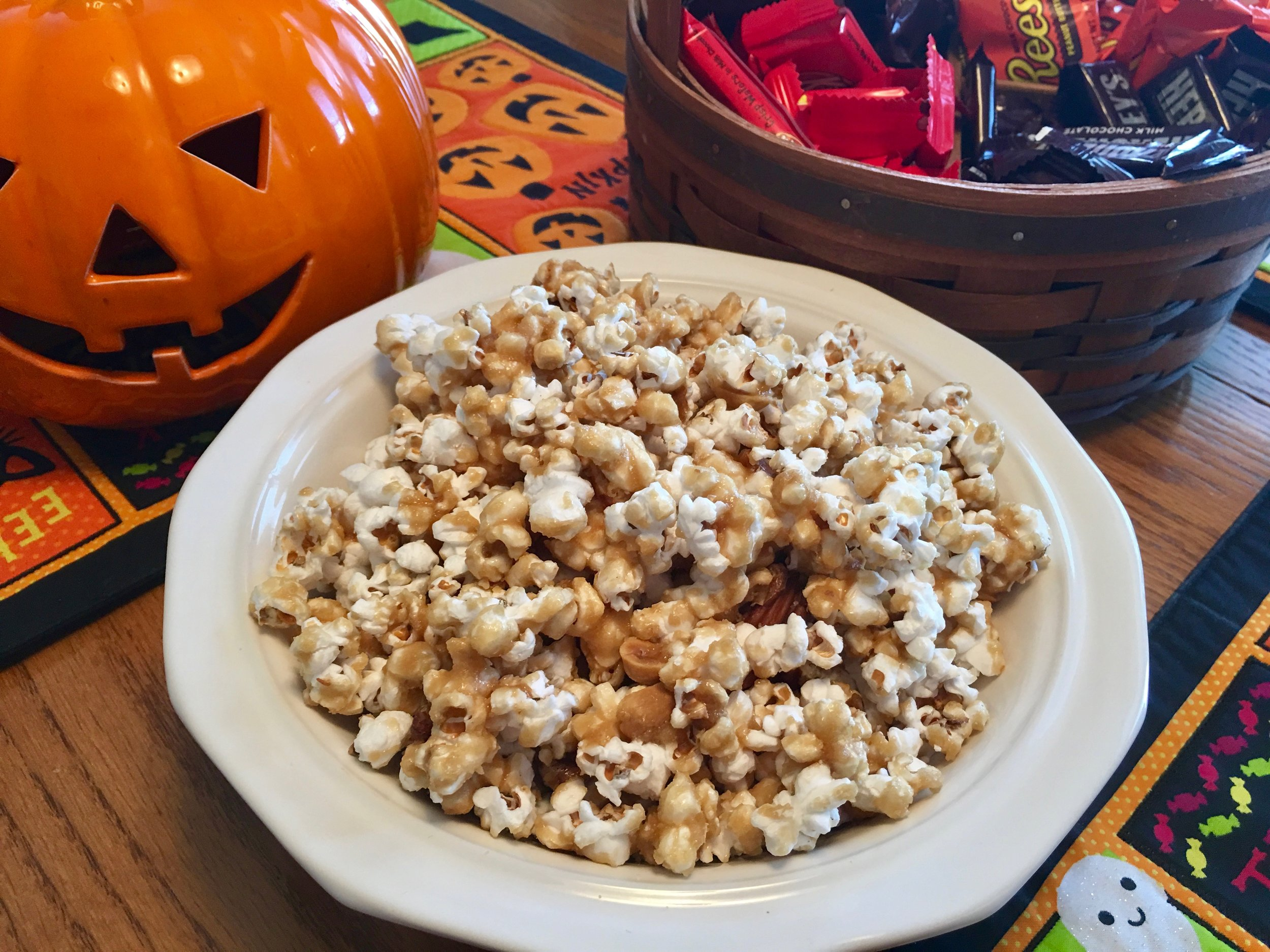 Caramel Corn with Nuts.