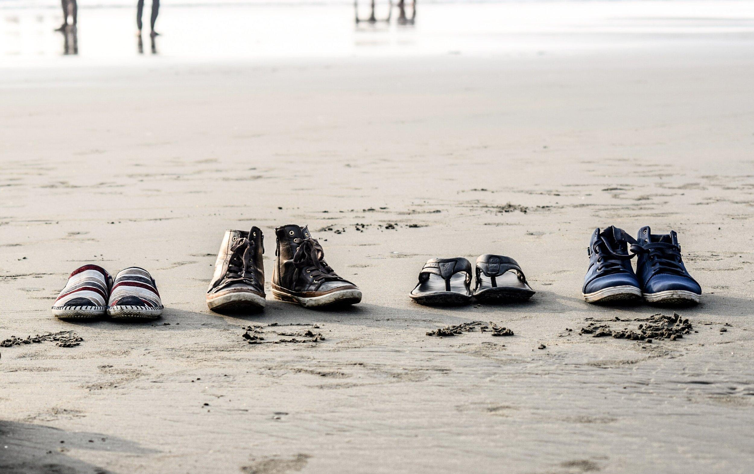 beach-daylight-footwear-776219.jpg