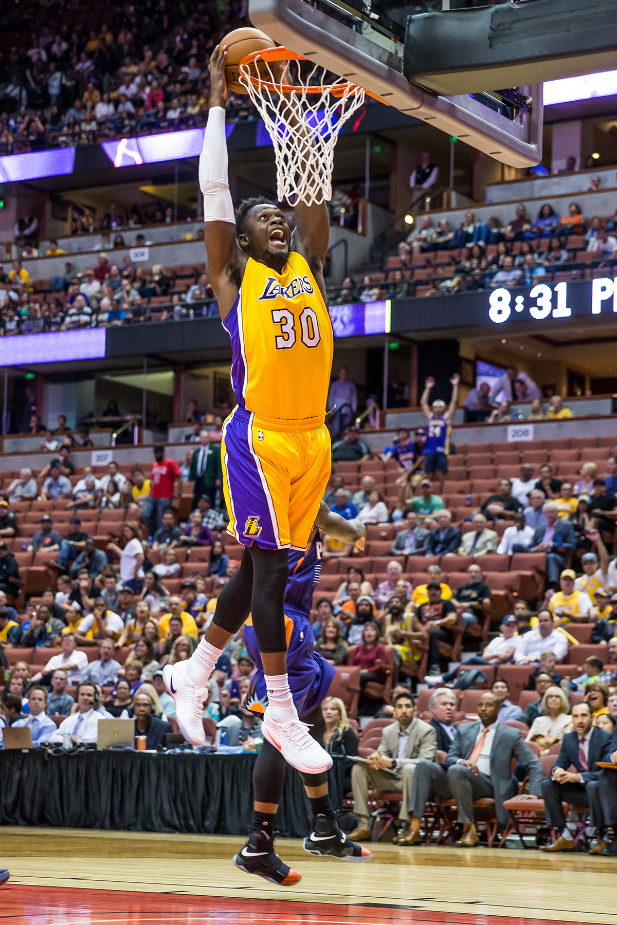 102116_LA_LAKERS_SR_0069.JPG
