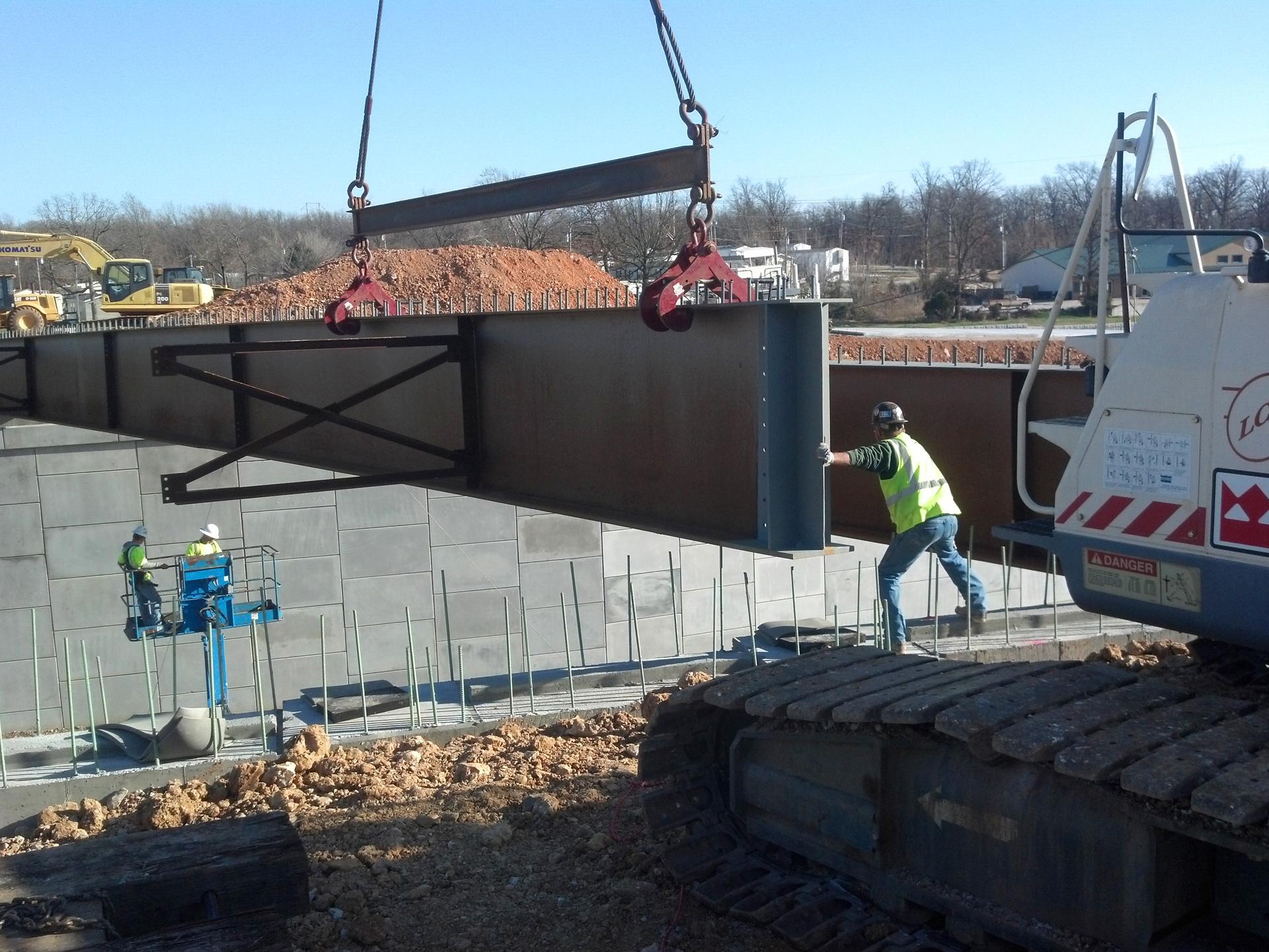 setting beams in Joplin atRte. 43 and Zora