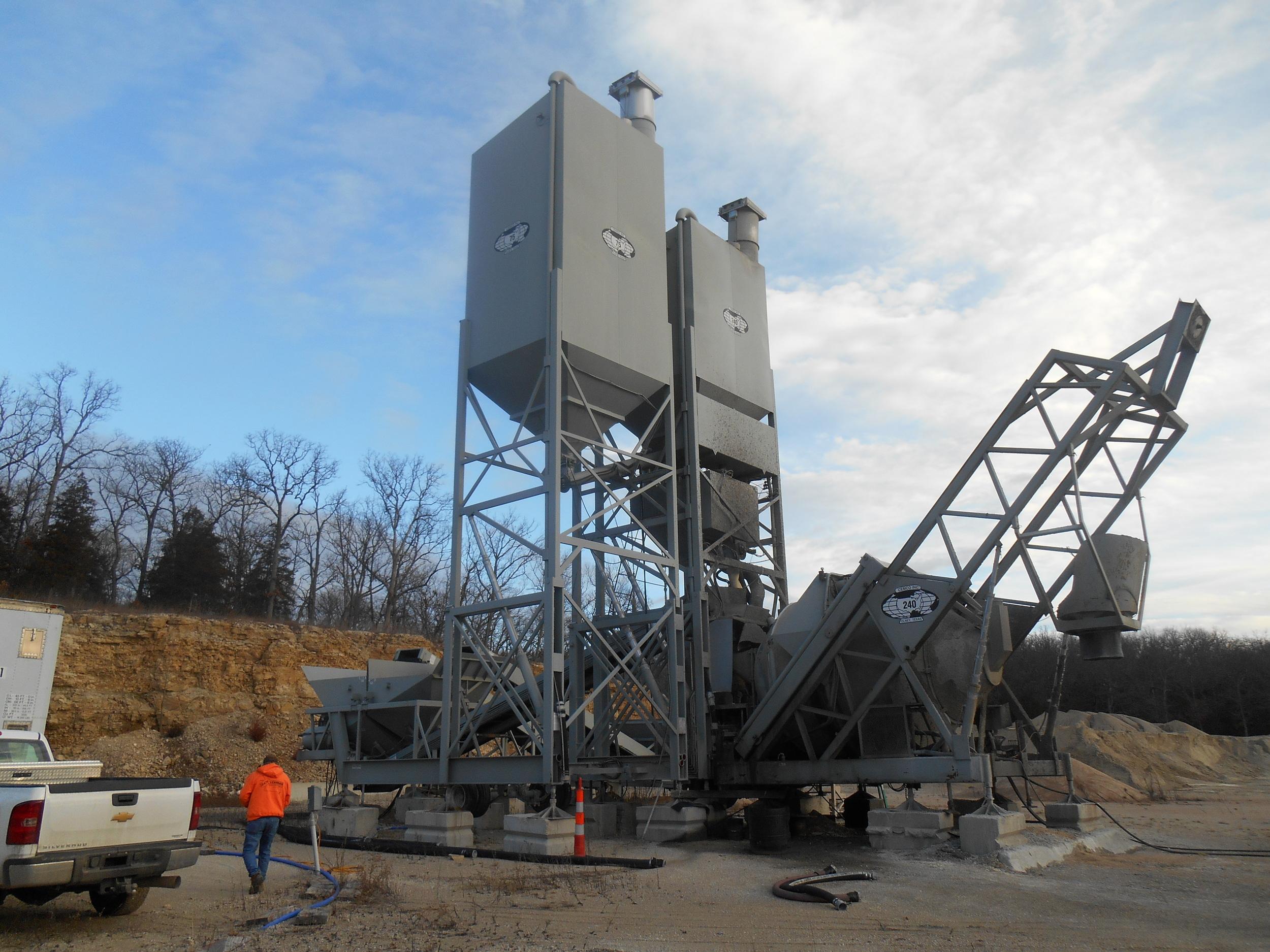 Cemco portable concrete plant