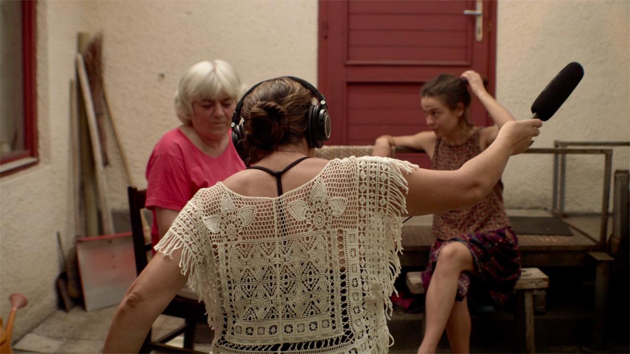 Recording Irén. Photo by Ana Amorós López