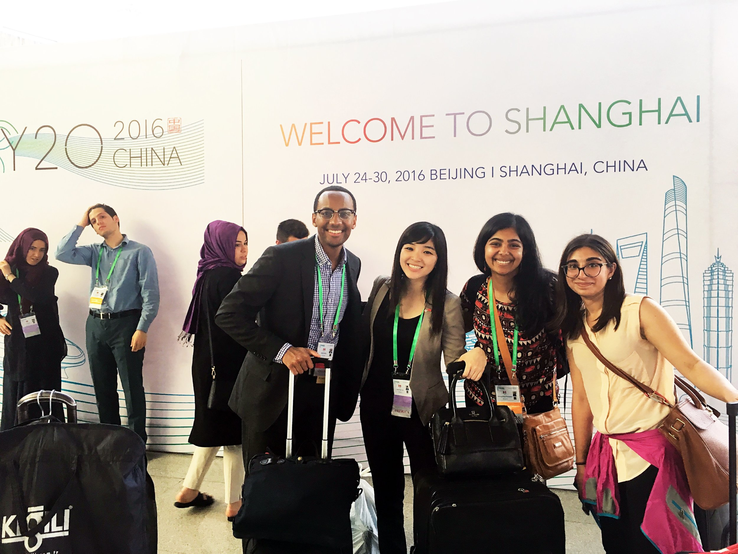 Canadian Delegates arrive in Shanghai (Shanghai 2016).jpg
