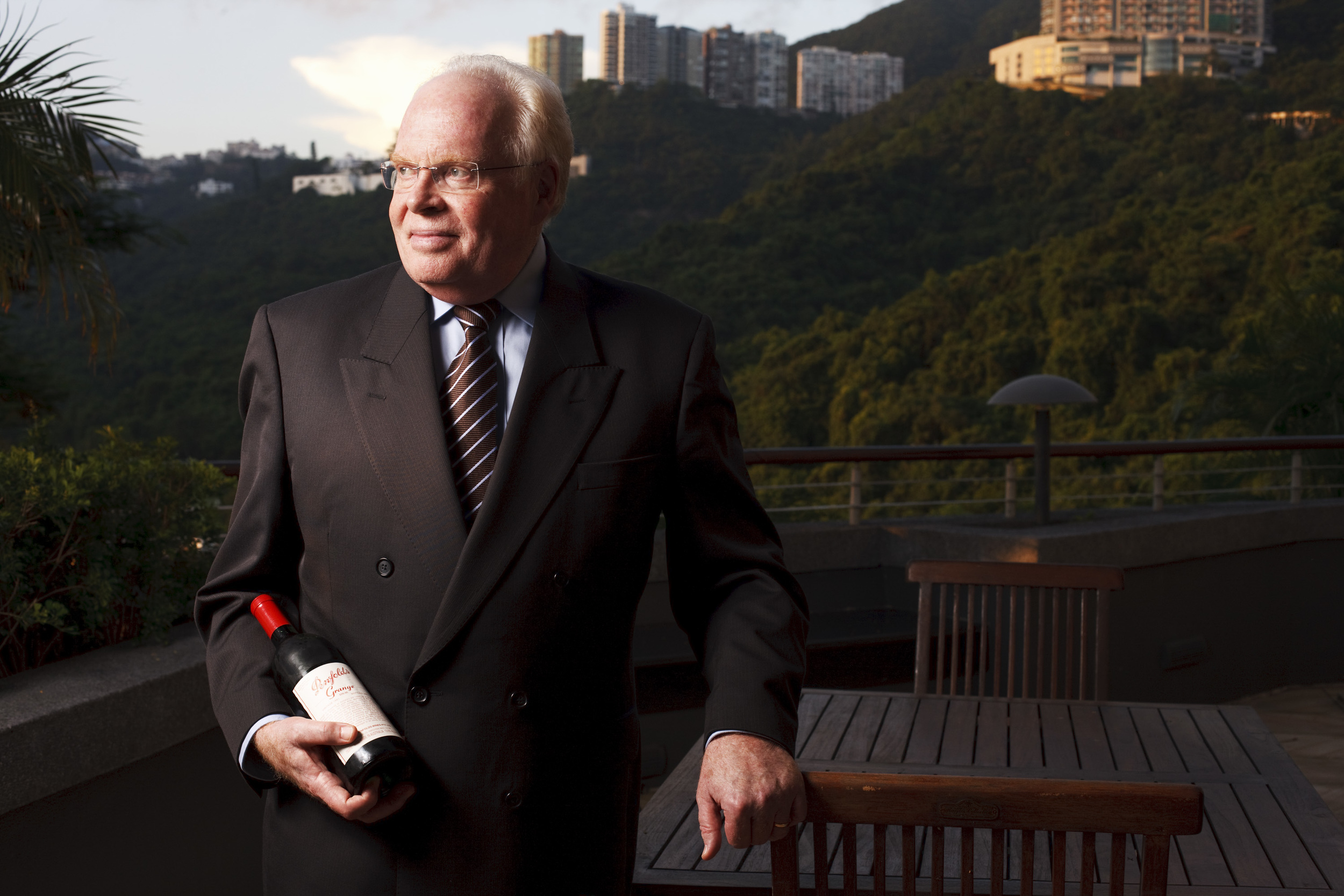 Les Luck,Australian Consul-General in Hong Kong