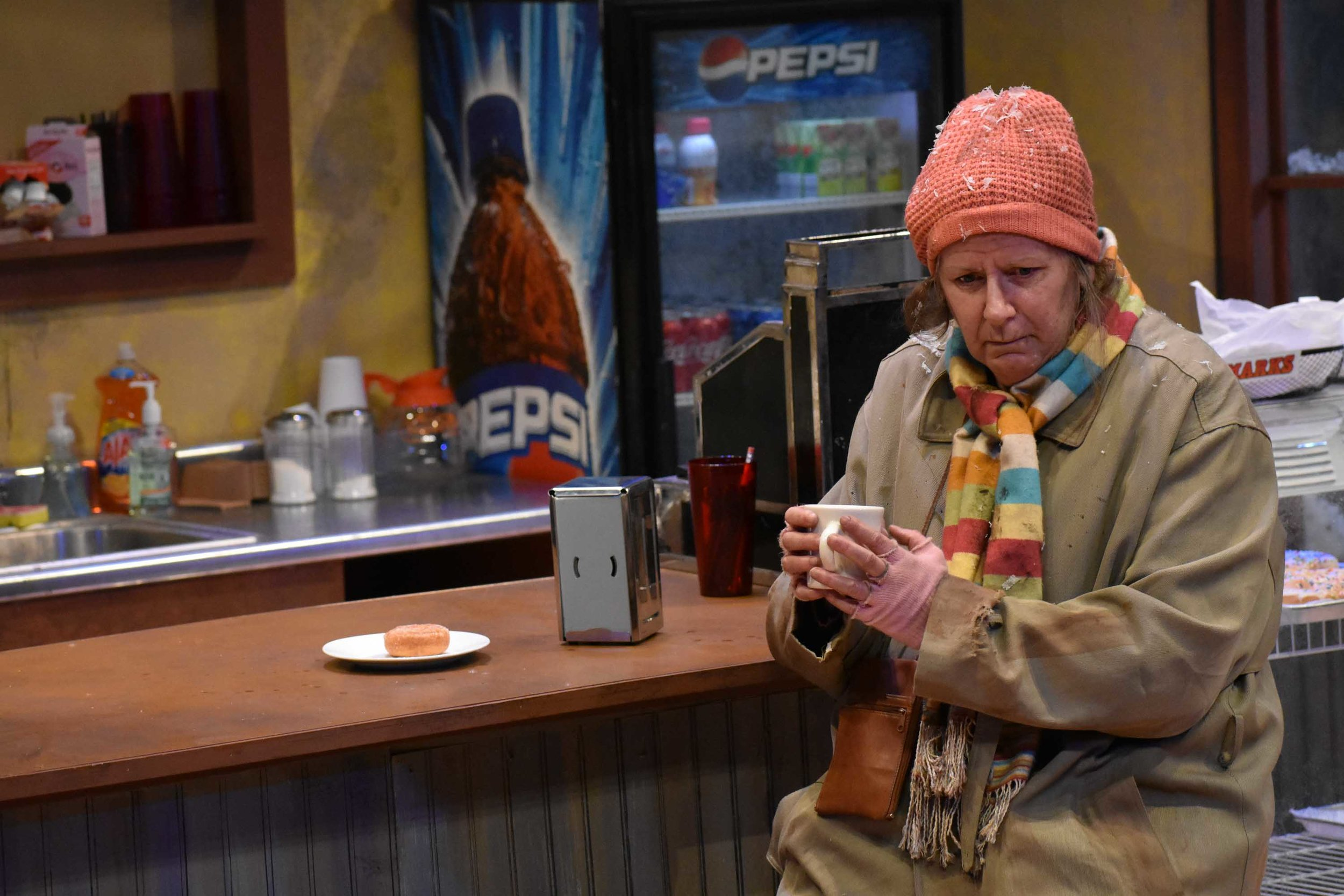 1718-05-SuperiorDonuts-Production-0707.JPG