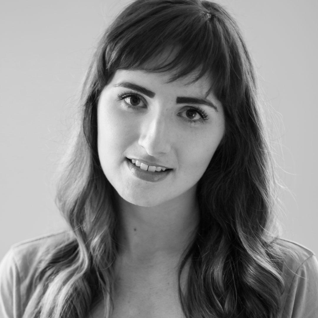 Katie Strom Rozanas as JEAN