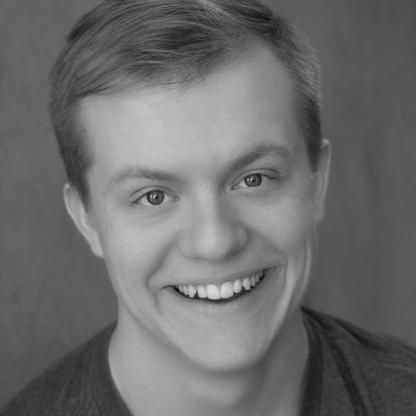 Phillip Hoelscher as Dwight