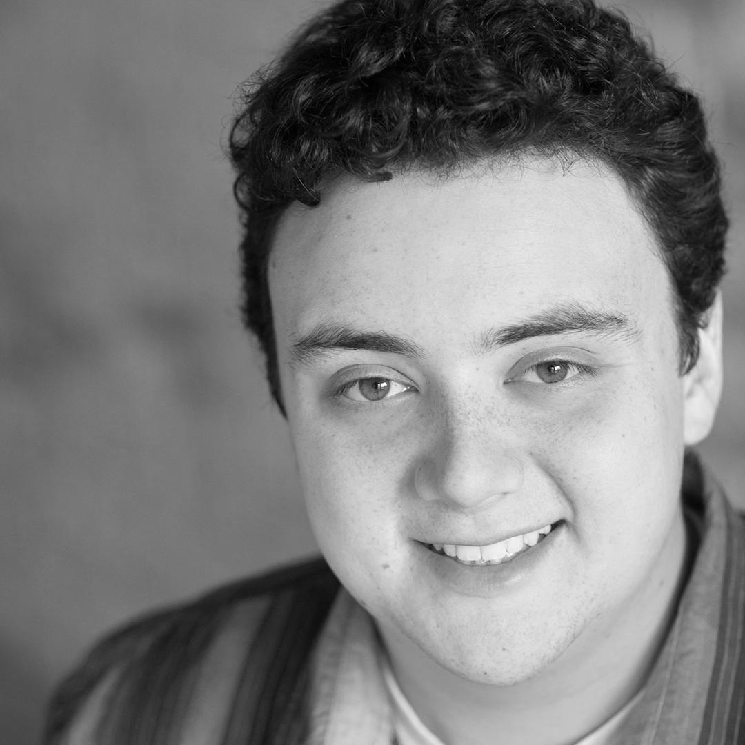 Zach Hays  as Ricardo/Principal