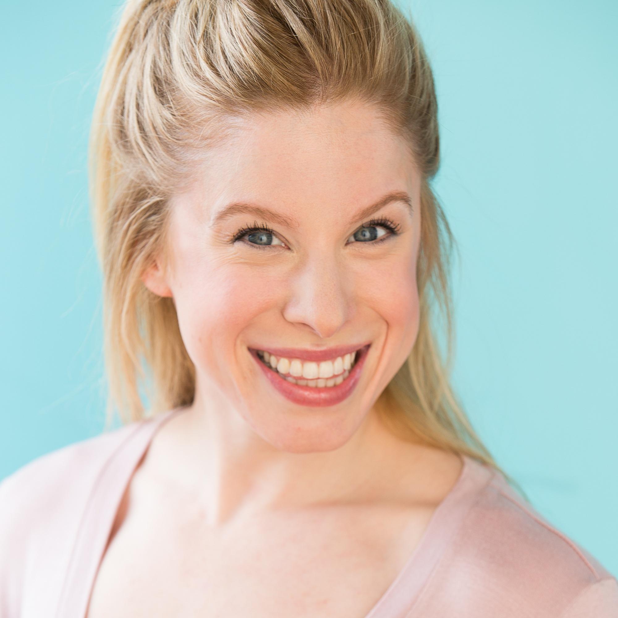 Maddy La Roche (Brooke)