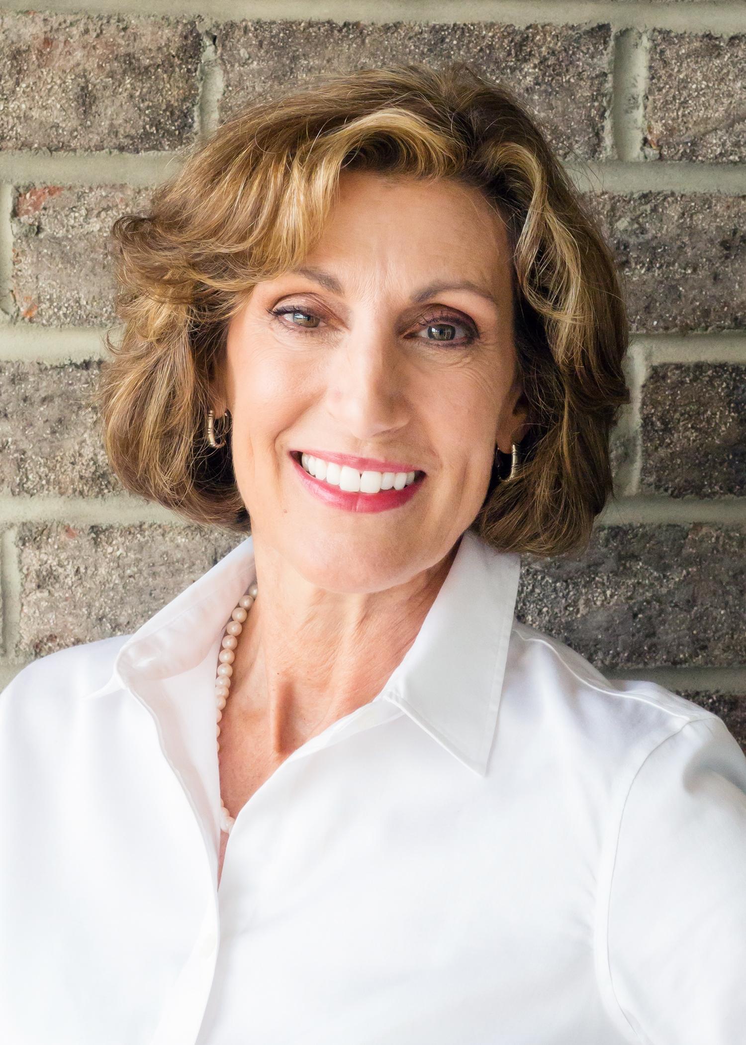 Nora Yearns - Owner & Lead Designer