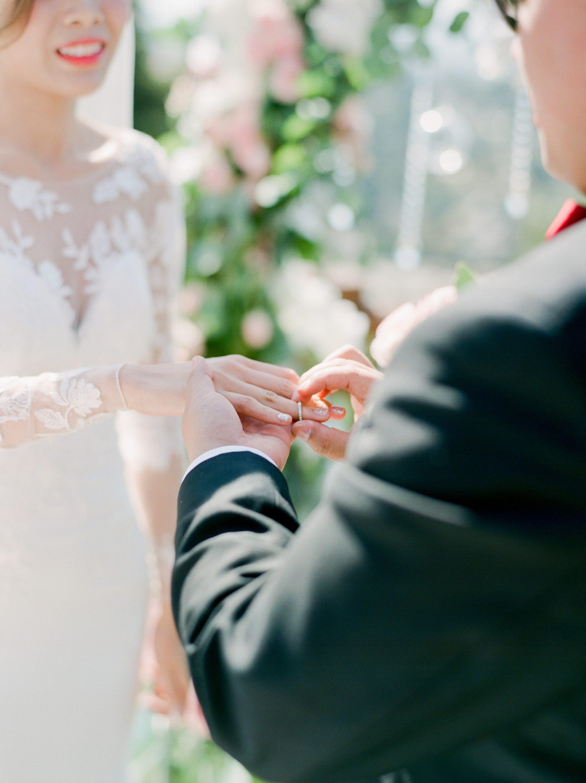 stella-yang-photography-San-Francisco-wedding-Claremont-hotel-24-2245x3000 (1).jpg