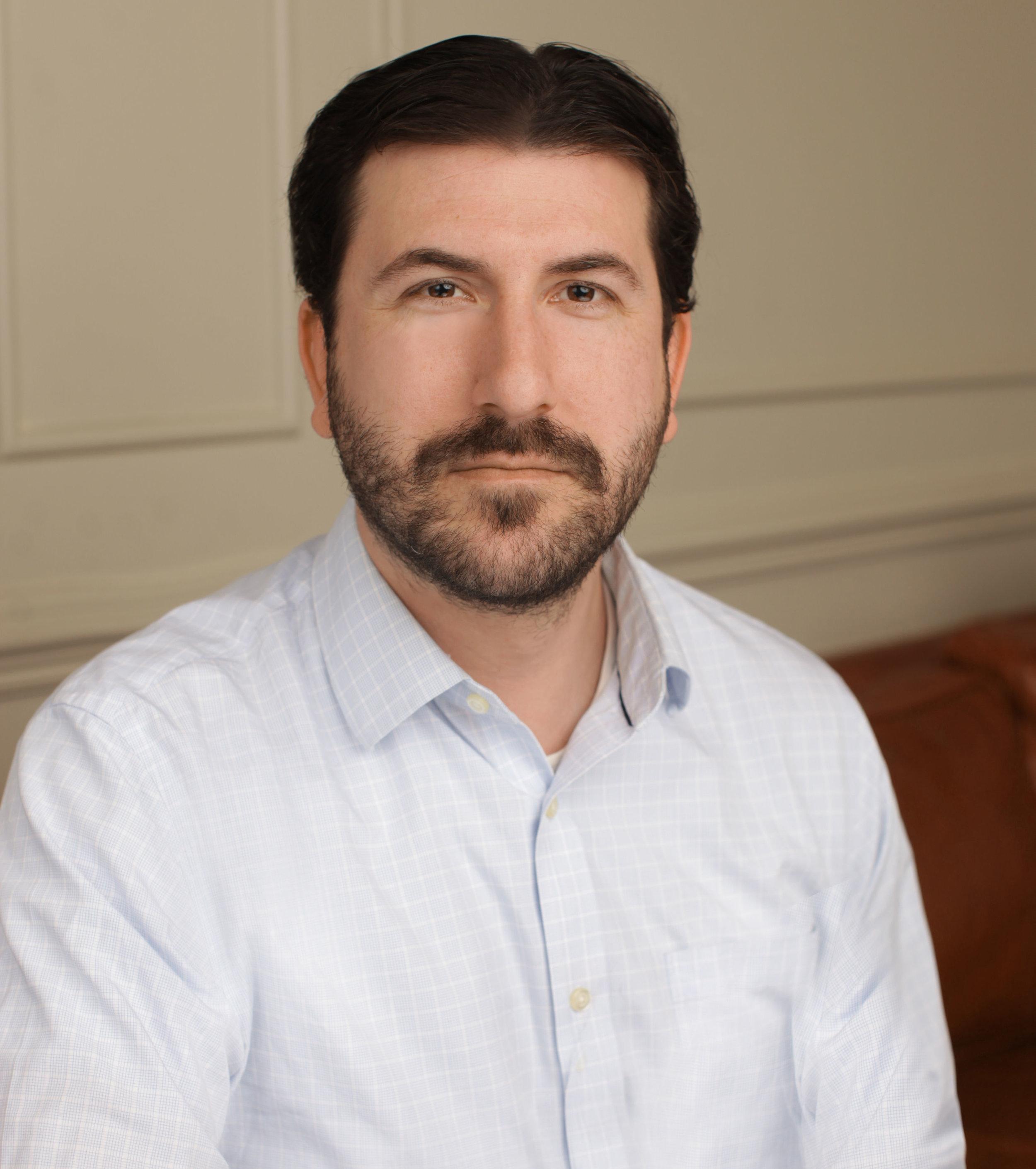 Zak anolic    Psychotherapist