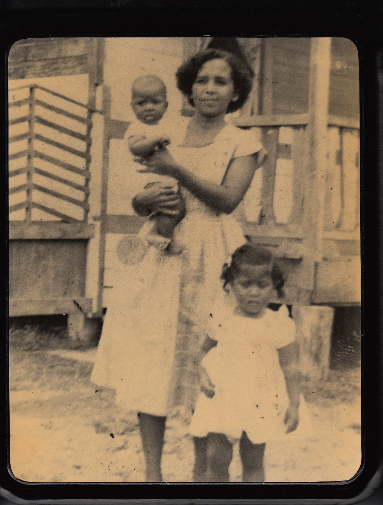 """Bryant Family""   Playa Negra   1961   In those days there was no light, not so many neighbors. We lived close together like family.     Personas: Maritza Bryant, Margarita Montoya, Ana Bryant   Colaborador: Ana Bryant  CC_001_016"