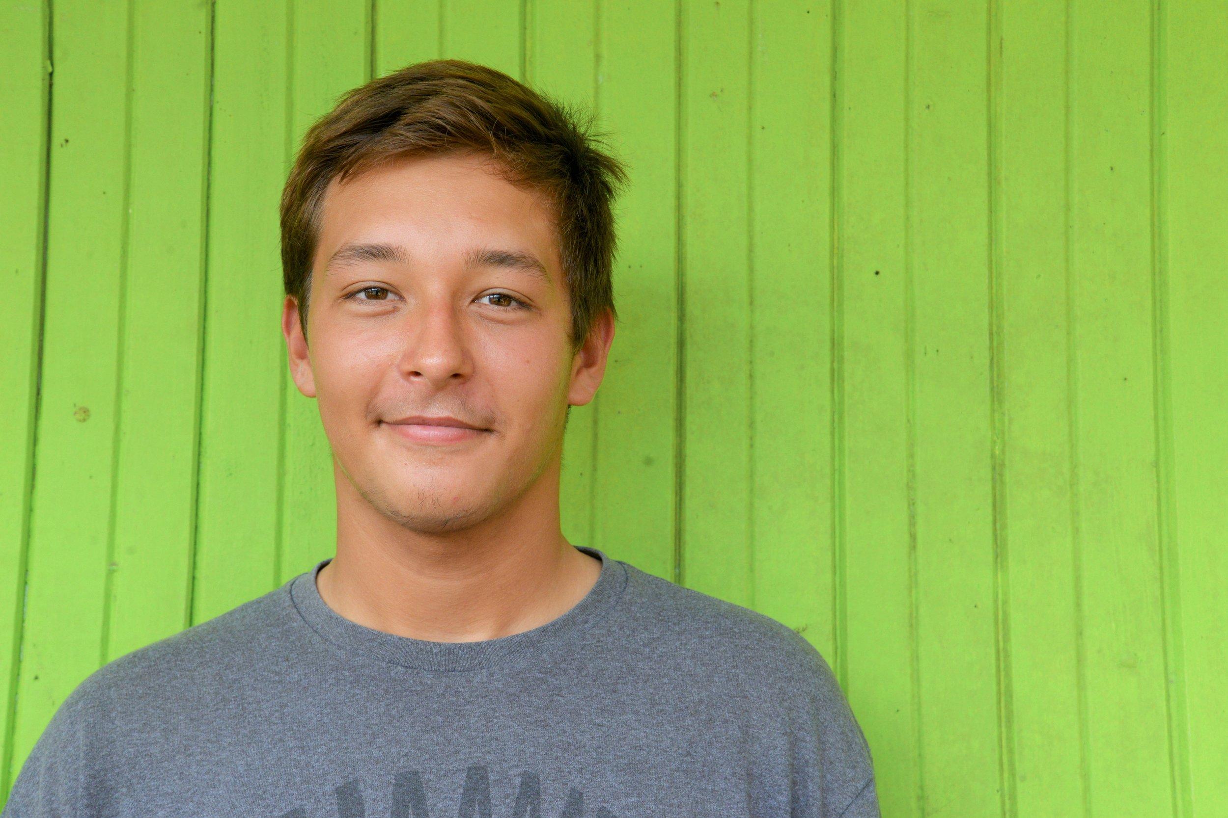 Salvador Van Dyke (14)