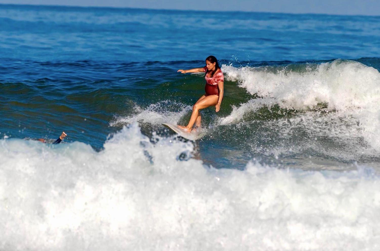 surfing renata.JPG