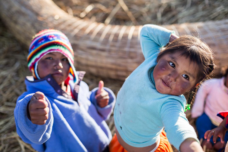 Dancing Uros Children